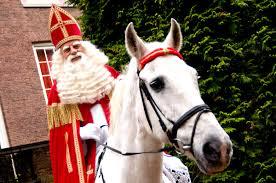 St  Nicolas à cheval